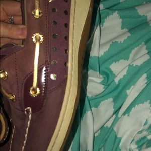 Sperrys Women's Maroon with Gold Polka Dots